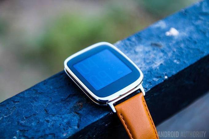 Đồng hồ thông minh ZenWatch đời đầu giảm giá