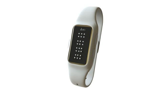dot braille smartwatch danh cho nguoi khiem thi