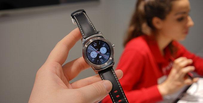 LG đang phát triển smartwatch với màn hình độ phân giải cao nhất hiện nay