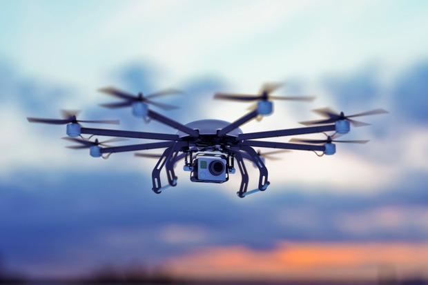 Máy bay không người lái (drone) có đáng bị tẩy chay?