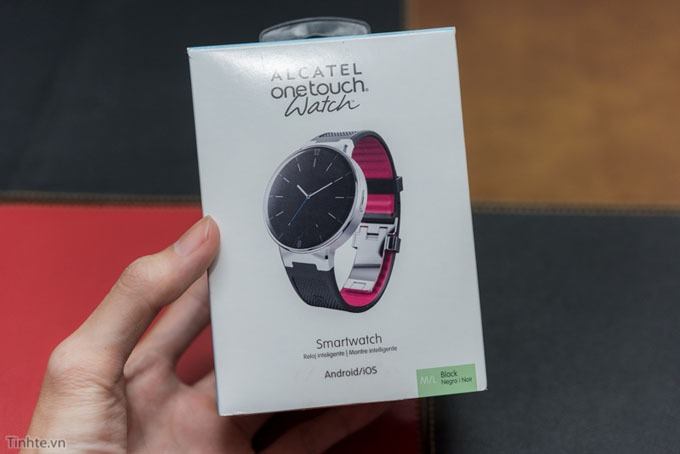 tren tay dong ho thong minh alcatel onetouch watch 16
