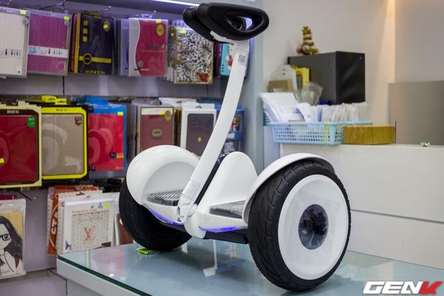 Cận cảnh Ninebot mini: xe điện 2 bánh tự cân bằng của Xiaomi