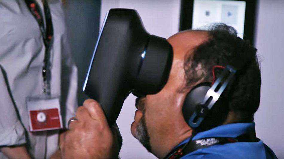 Canon trình diễn kính thực tế ảo VR và hệ thống máy ảnh 360°