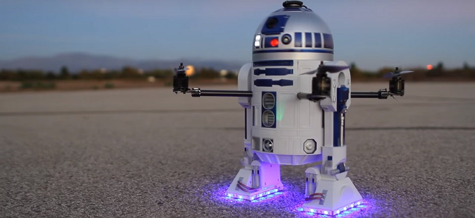 fan star wars che tao robot r2-d2 co the bay nho drone