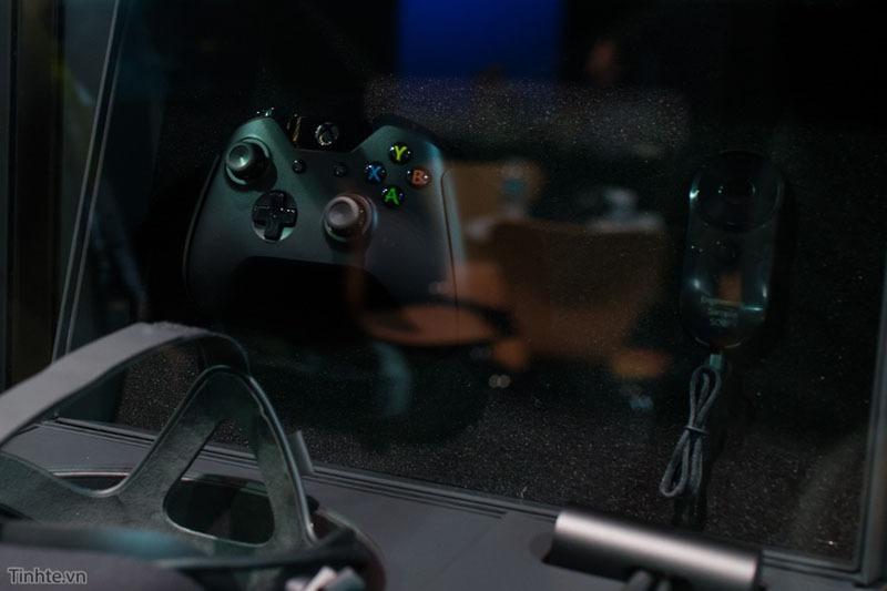 kinh thuc te ao oculus rift ban chinh thuc va tay cam oculus touch 07