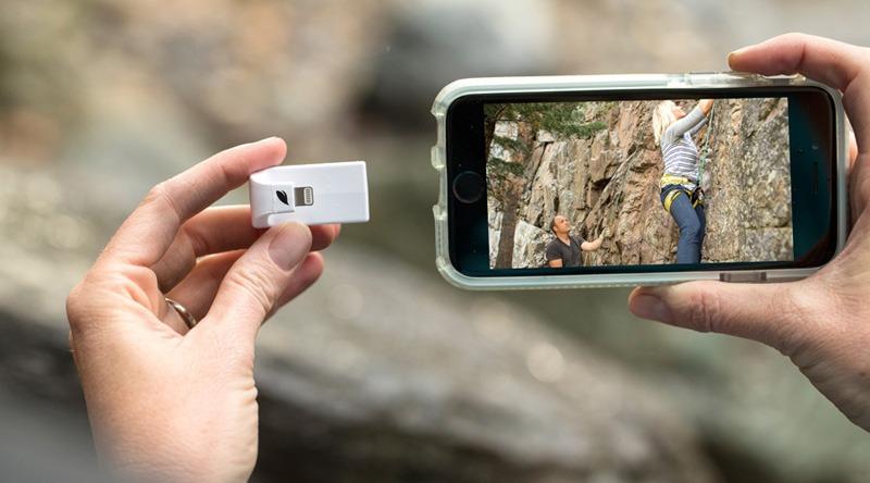 leef iAccess, phụ kiện giúp iPhone/iPad đọc thẻ nhớ microSD