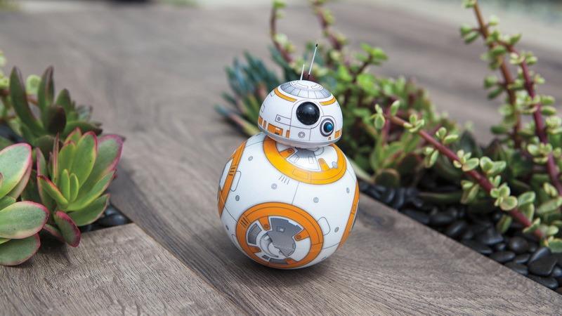 Robot BB-8 trong phim Star Wars đến tay người dùng