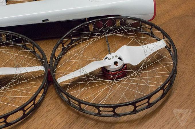 snap drone: an toan, de thao lap, quay 4k 10