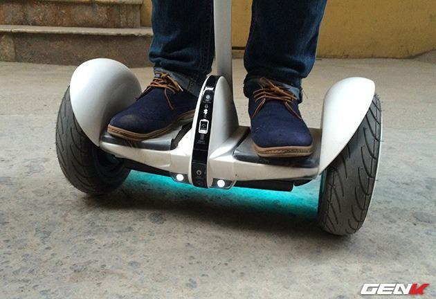 Trải nghiệm xe điện 2 bánh tự cân bằng Xiaomi Ninebot mini