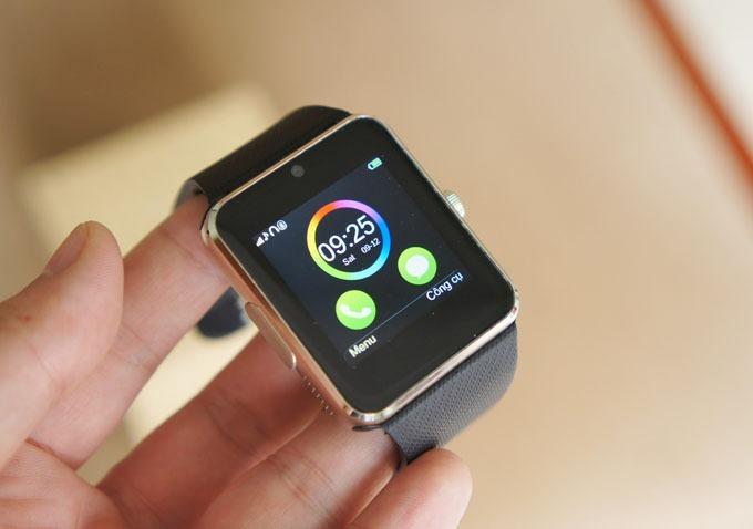 Trên tay đồng hồ thông minh InWatch B đa năng
