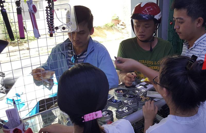 Con quay spinner đắt khách tại Việt Nam
