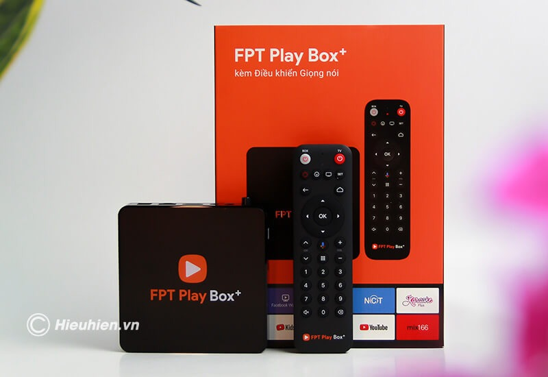 fpt play box 2019 voice remote - hộp truyền hình thông minh điều khiển bằng giọng nói - mặt trước