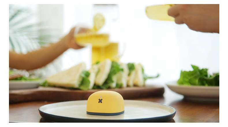 Loa Bluetooth Space Speaker Y2, Siêu nhỏ gọn, Âm thanh cực đỉnh - màu vàng