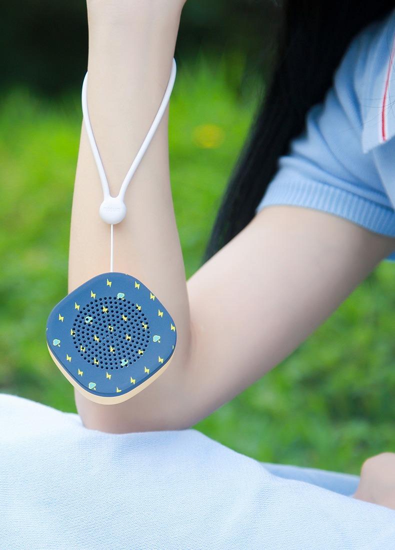 Loa Bluetooth Space Speaker Y2, Siêu nhỏ gọn, Âm thanh cực đỉnh - dây đeo tay