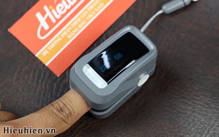 may do nhip tim va nong do oxy trong mau fingertip pulse oximeter 10