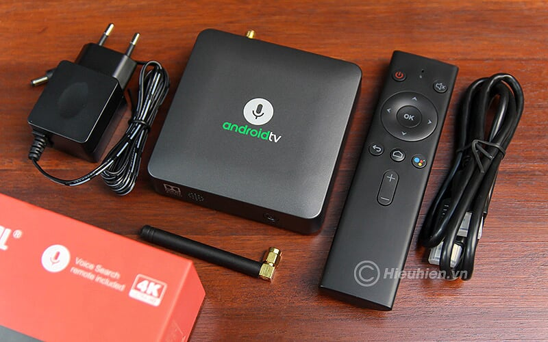 mecool km8 android tv 8.0 hỗ trợ voice remote, google certificate - trọn bộ sản phẩm