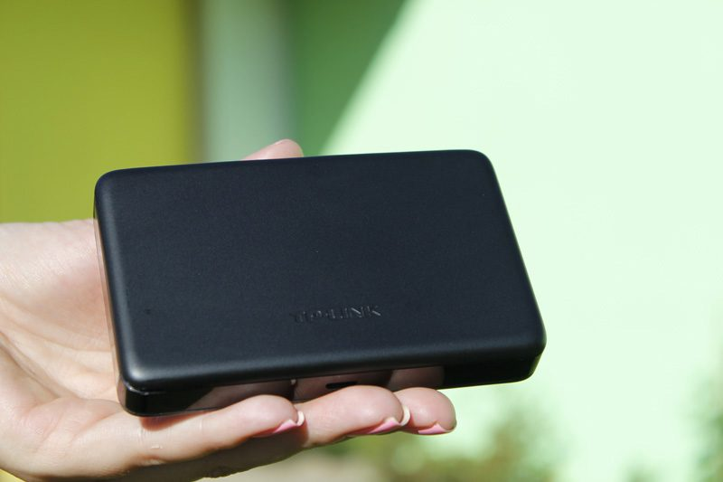 tp-link m7350 - bộ phát wifi di động 4g lte tốc độ 150mbps chính hãng - mặt sau