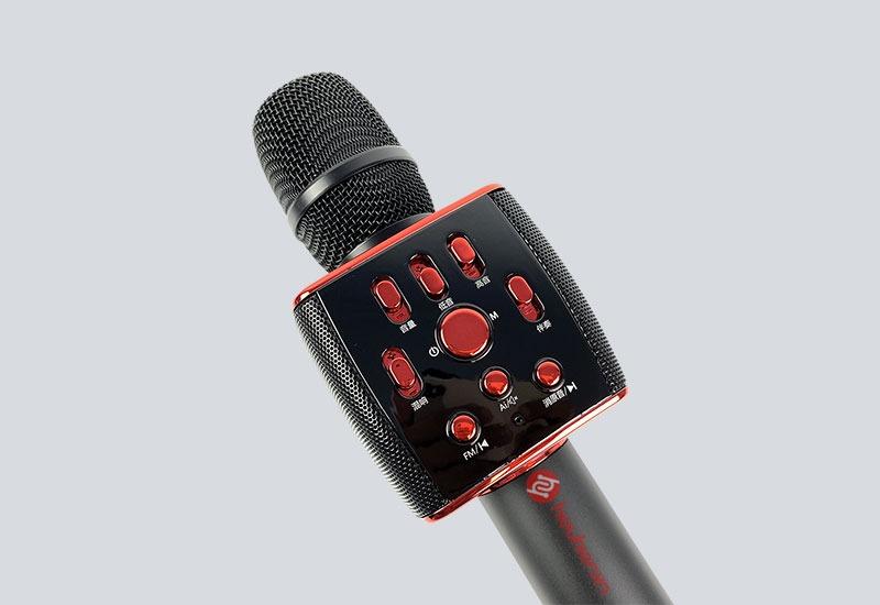 Thiết kế tinh tế phần mic của Micro Karaoke Bluetooth Sansui M6