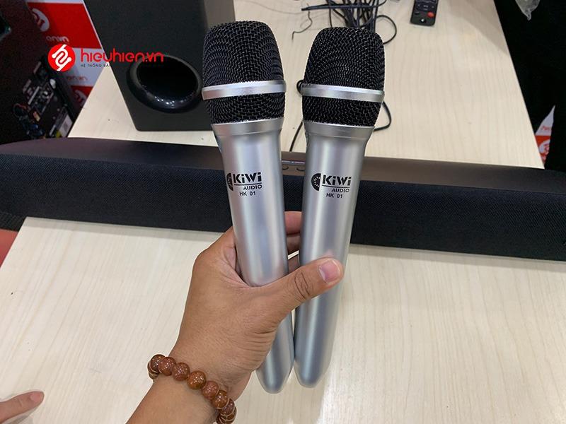 mua loa soundbar karaoke kiwi hk01 chính hãng tại hieuhien.vn - 2 micro không dây chống hú tốt