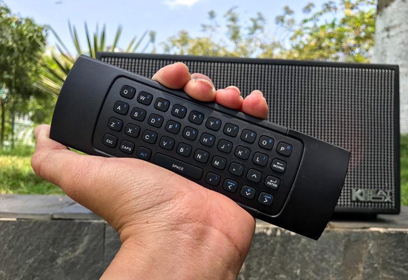 dan-loa-hat-karaoke-di-dong-acnos-ksnet-450-remote-mat-sau