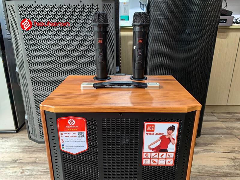 loa-keo-hat-karaoke-jbz-j9-tay-cam-1