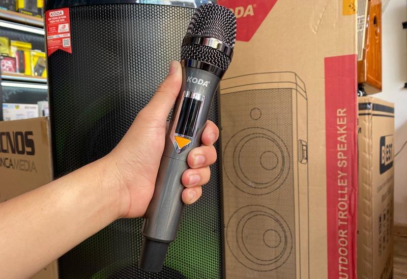 loa-keo-hat-karaoke-koda-party-2120-2-micro-03
